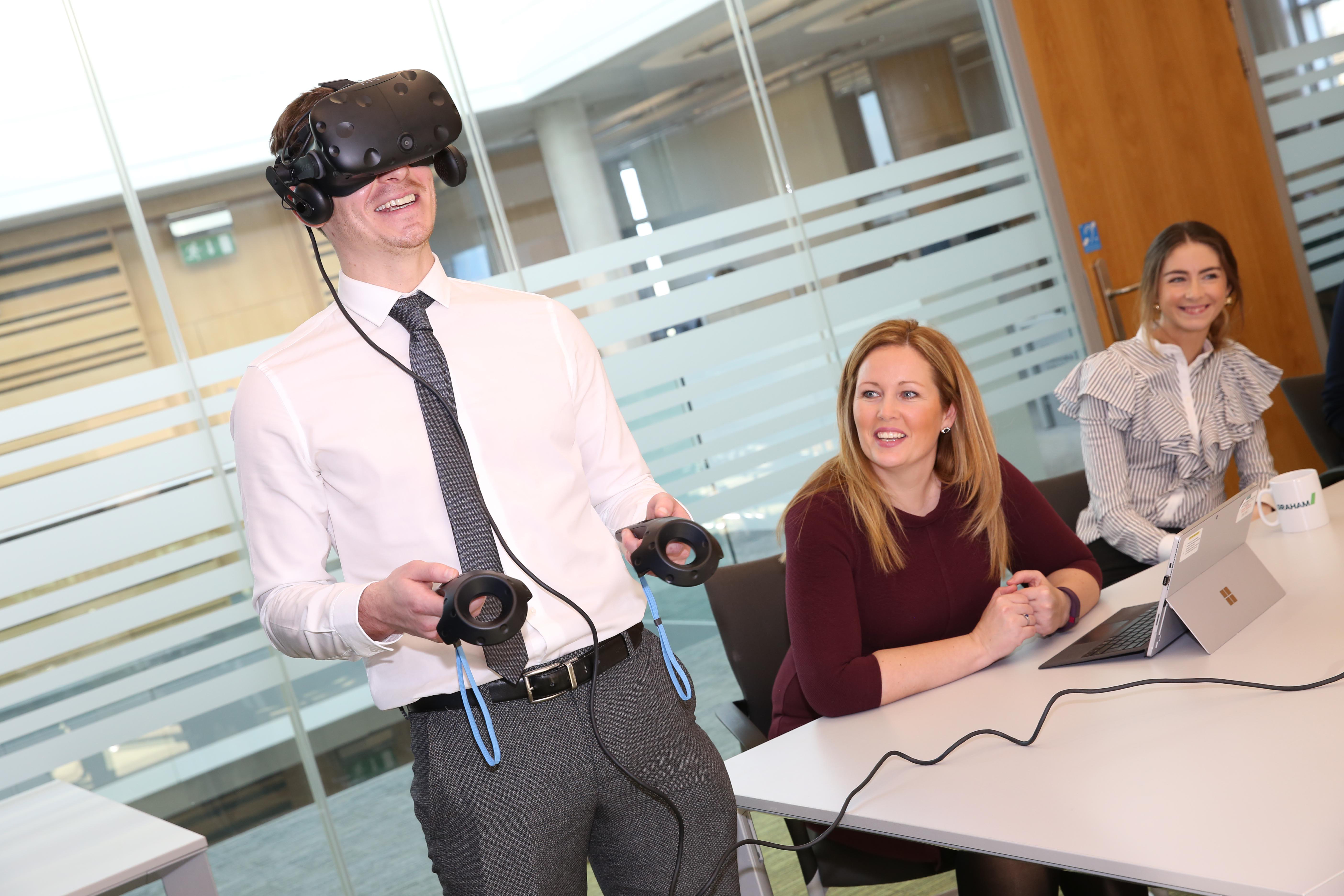 Cancer care clinicians treated to VR 'walk around' image